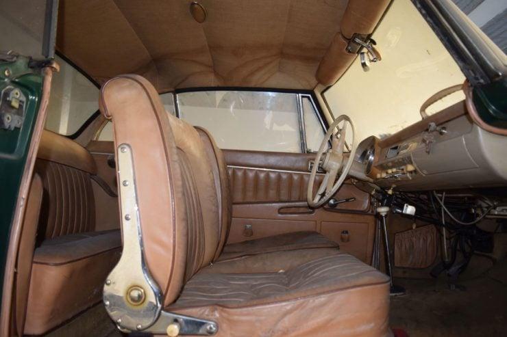 BMW 503 Seats