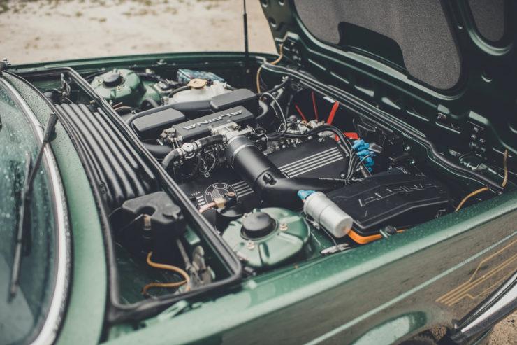BMW Alpina B7 S Turbo Coupé Engine