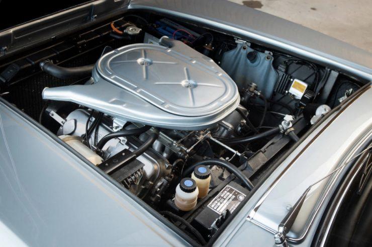 BMW-Glas 3000 V8 Engine 2