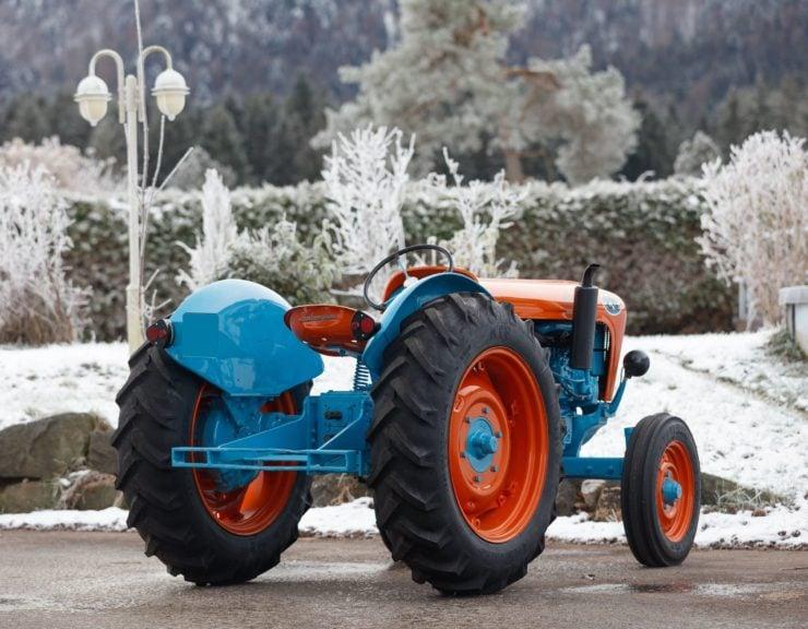 Lamborghini Tractor 2 R Back