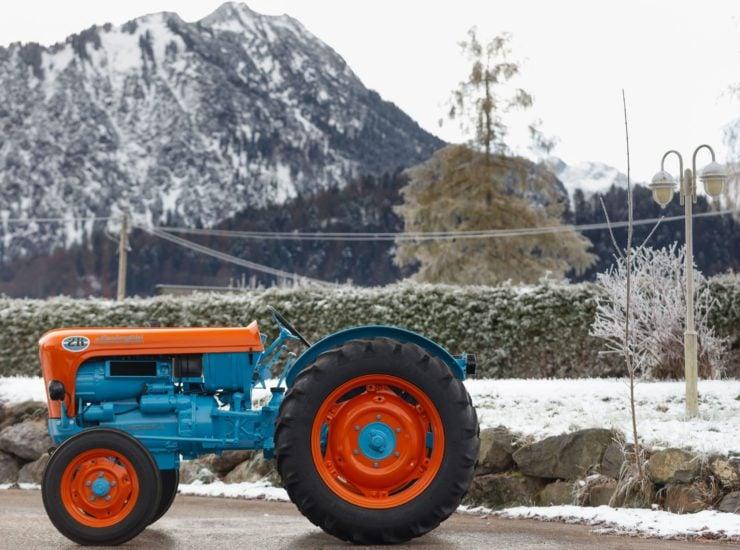 Lamborghini Tractor 2 R Side 2