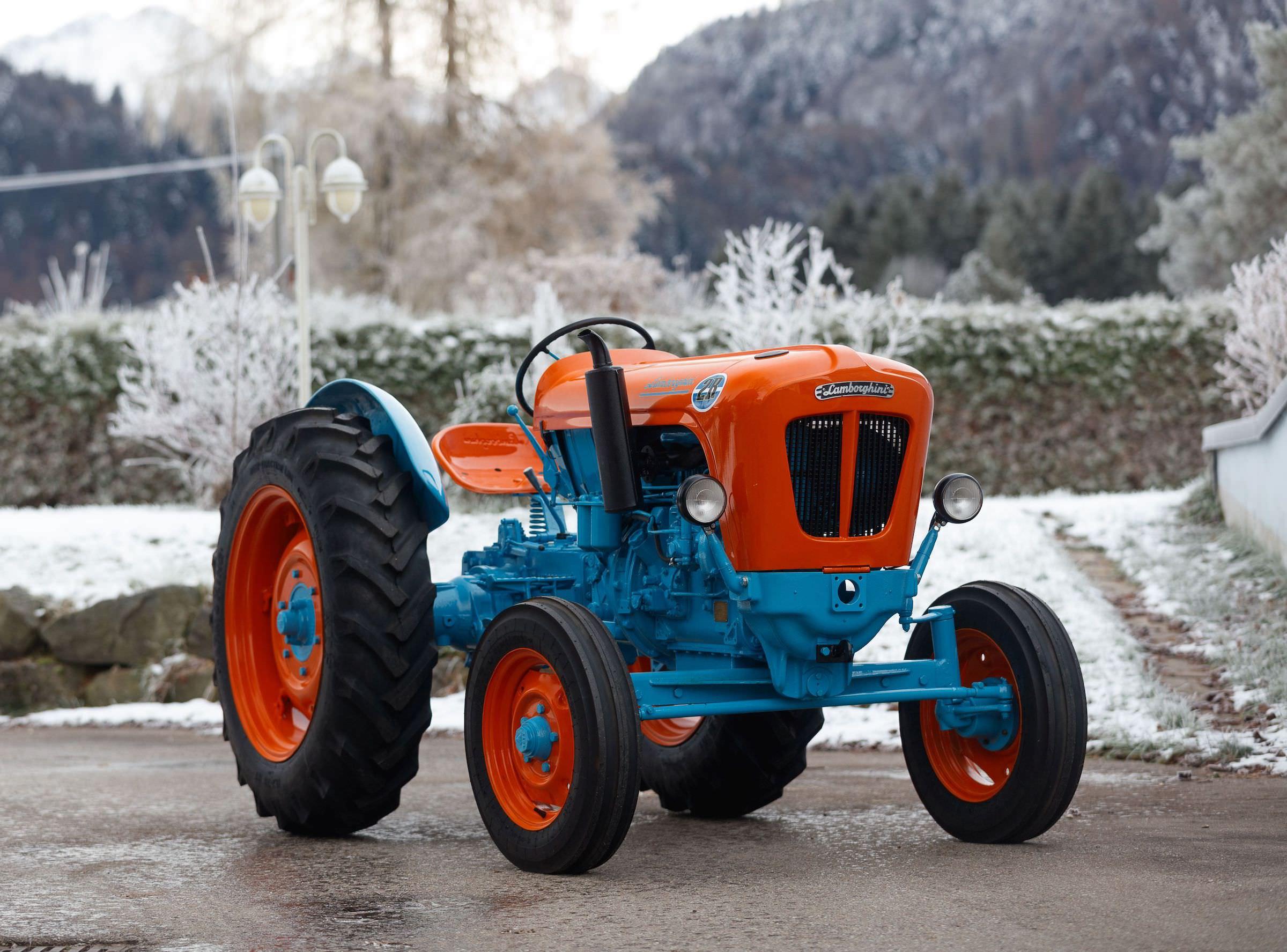 Lamborghini Tractor 2 R
