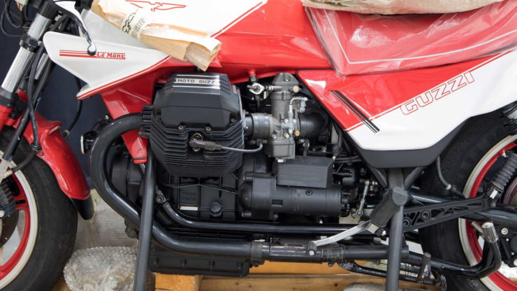 Moto Guzzi 850 Le Mans III Engine 2