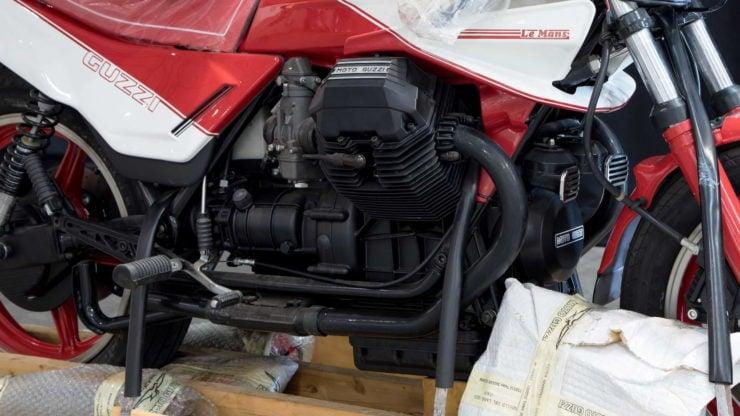 Moto Guzzi 850 Le Mans III Engine