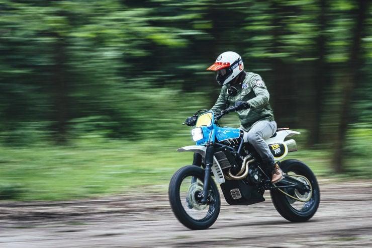 Yamaha XSR700 TT Custom 18