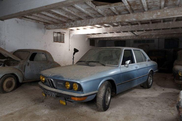 BMW 525 E12
