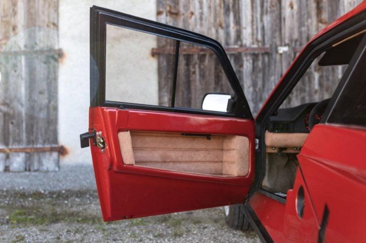 Lancia Delta S4 Stradale 12