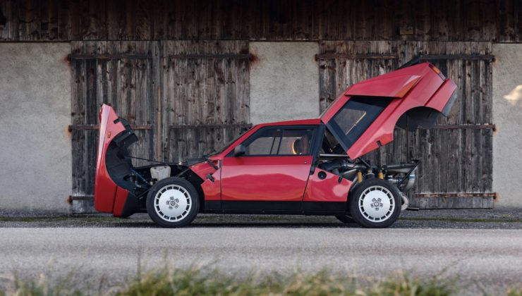 Lancia Delta S4 Stradale 20