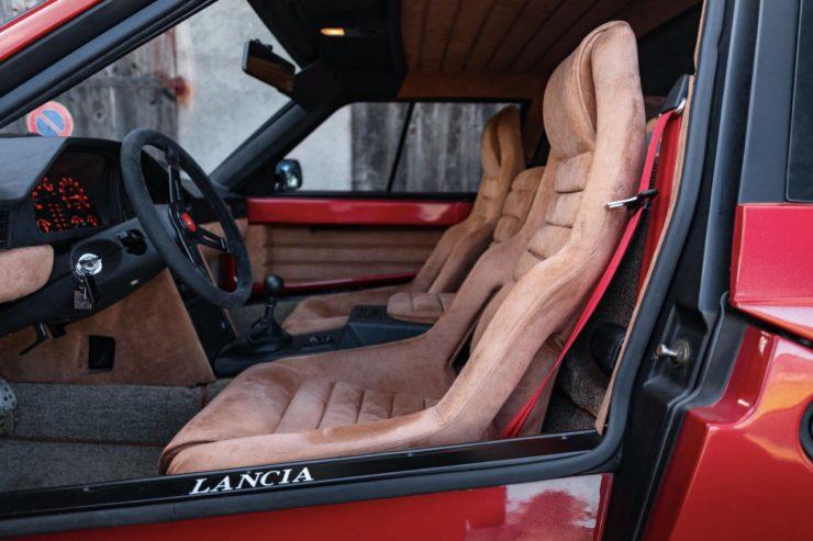 Lancia Delta S4 Stradale 7