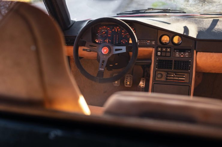 Lancia Delta S4 Stradale 9