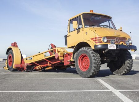 Mercedes-Benz Unimog Car Hauler