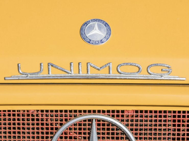 Mercedes-Benz Unimog Logo Badge