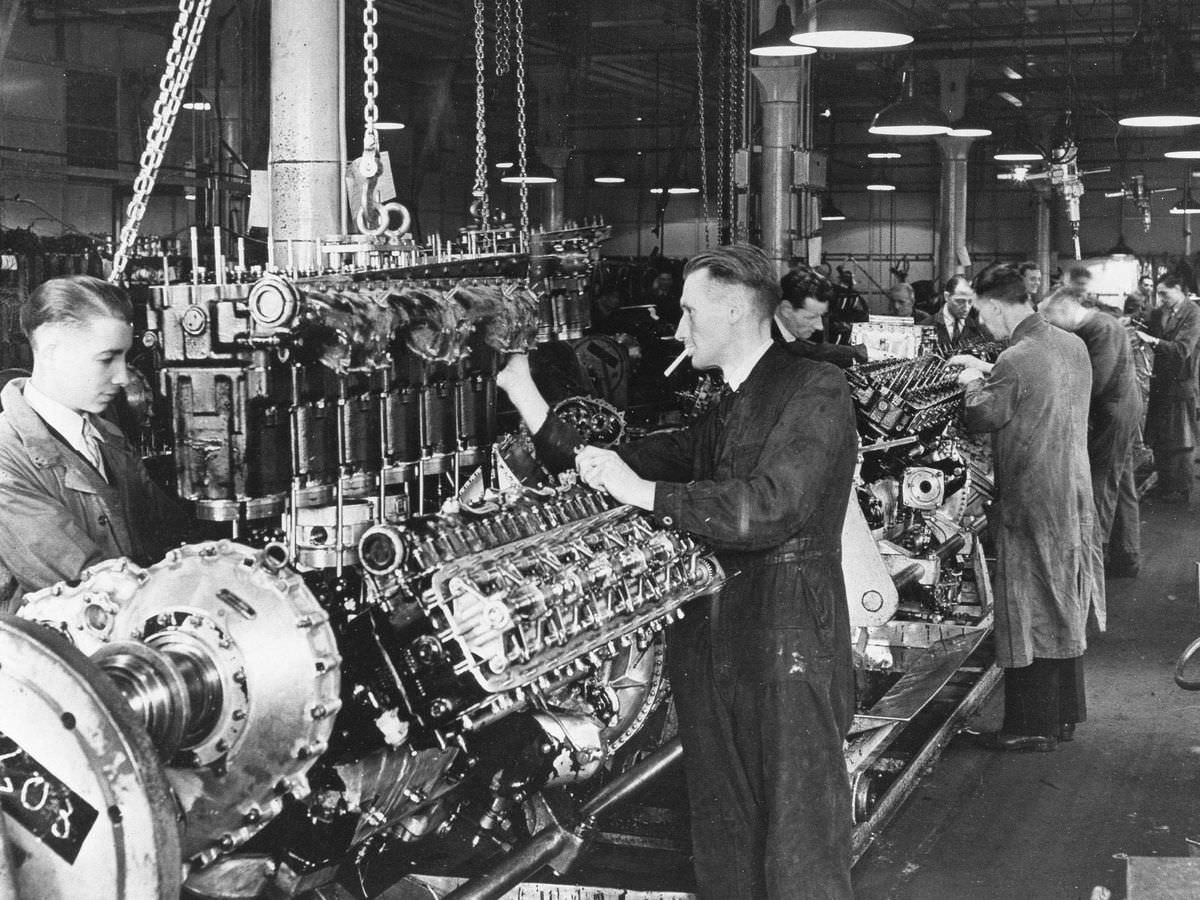 Documentary: Building The Rolls-Royce Merlin Engine
