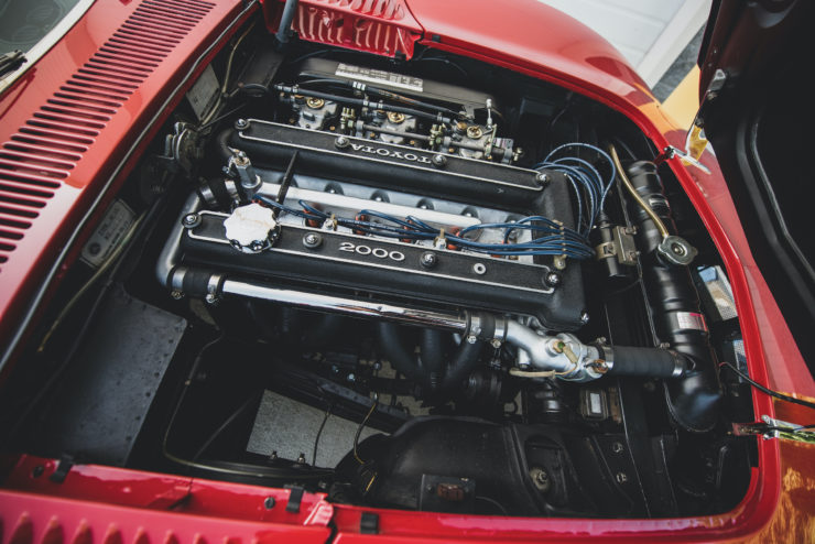 Toyota 2000GT Engine 2
