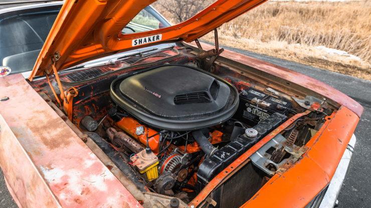 Plymouth Cuda 440-6 Engine