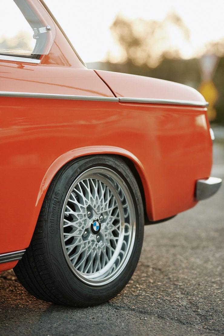 BMW 2002 11