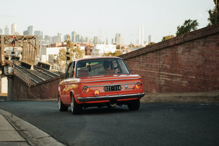 BMW 2002 18