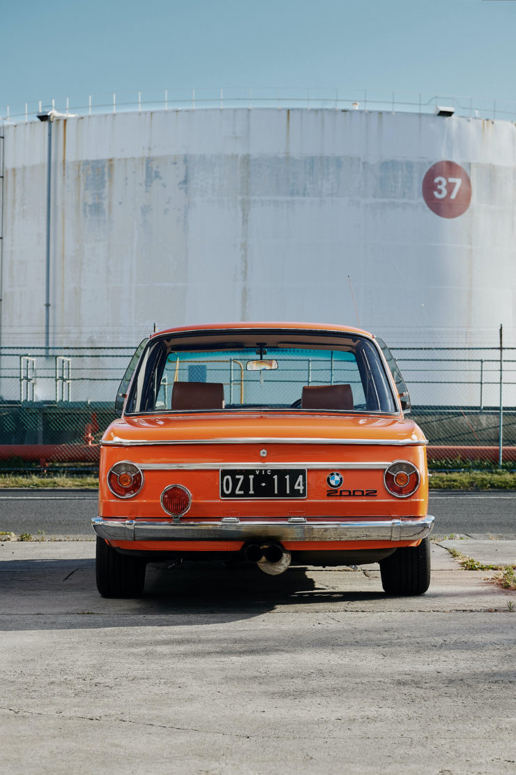 BMW 2002 23