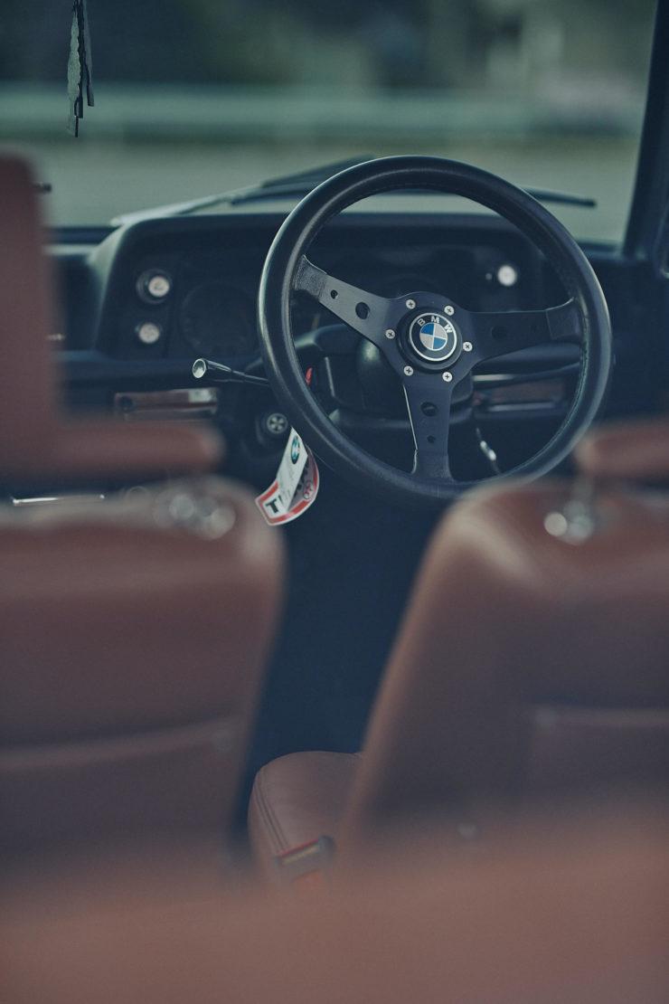 BMW 2002 3