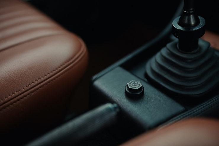 BMW 2002 5