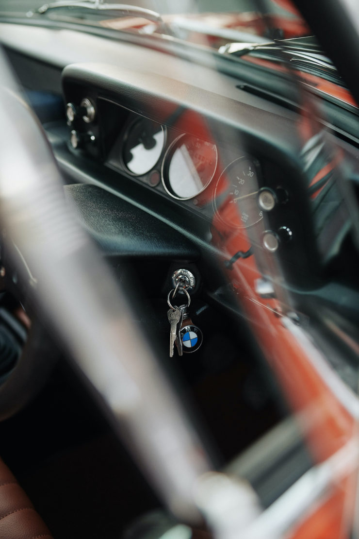 BMW 2002 7