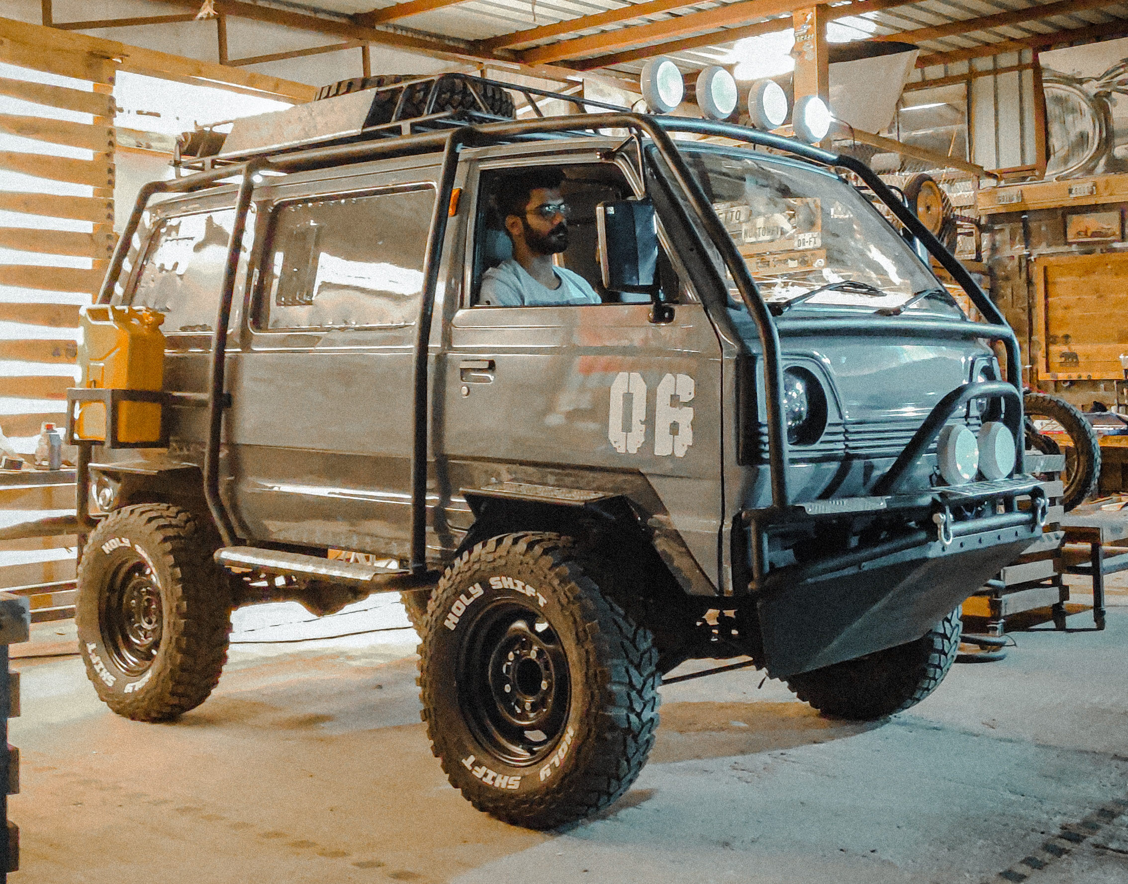 Battle Van By Holy Shift Garage 4