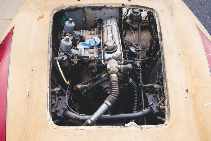Devin Triumph Car Engine 2
