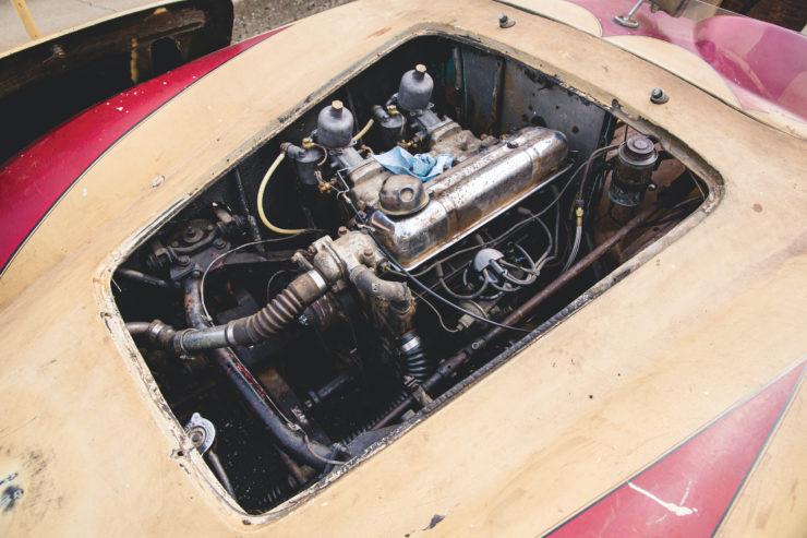 Devin Triumph Car Engine 3