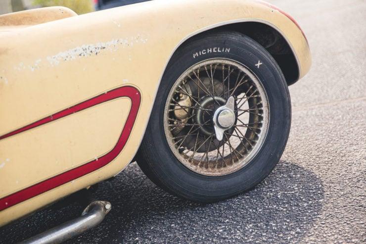 Devin Triumph Car Front Wheel