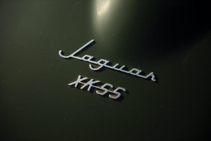 Jaguar XKSS Badge