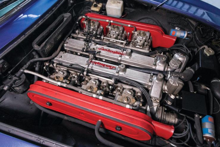Lamborghini Islero GTS Engine