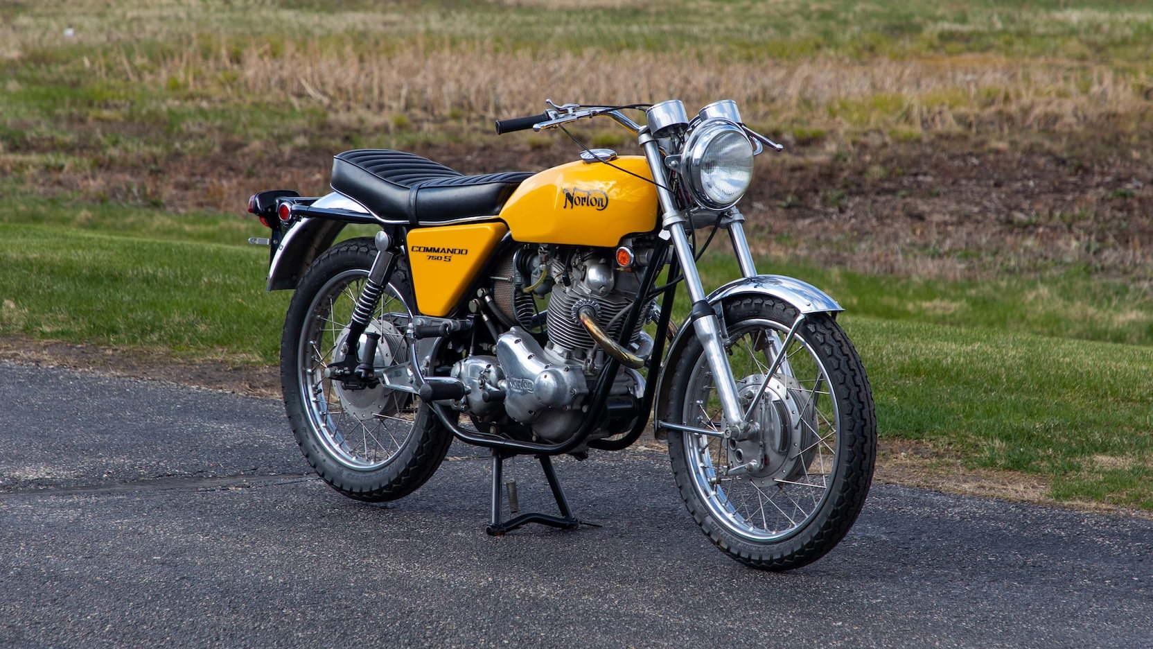 The Norton Commando 750 S A British Superbike Icon