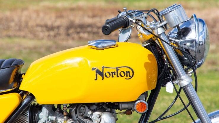 Norton Commando 750 S 4