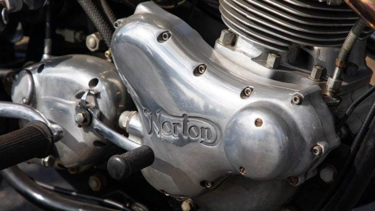 Norton Commando 750 S 6