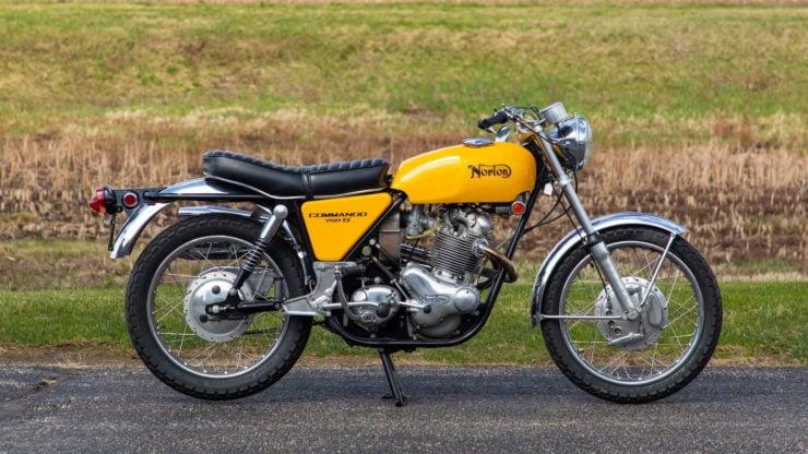 Norton Commando 750 S