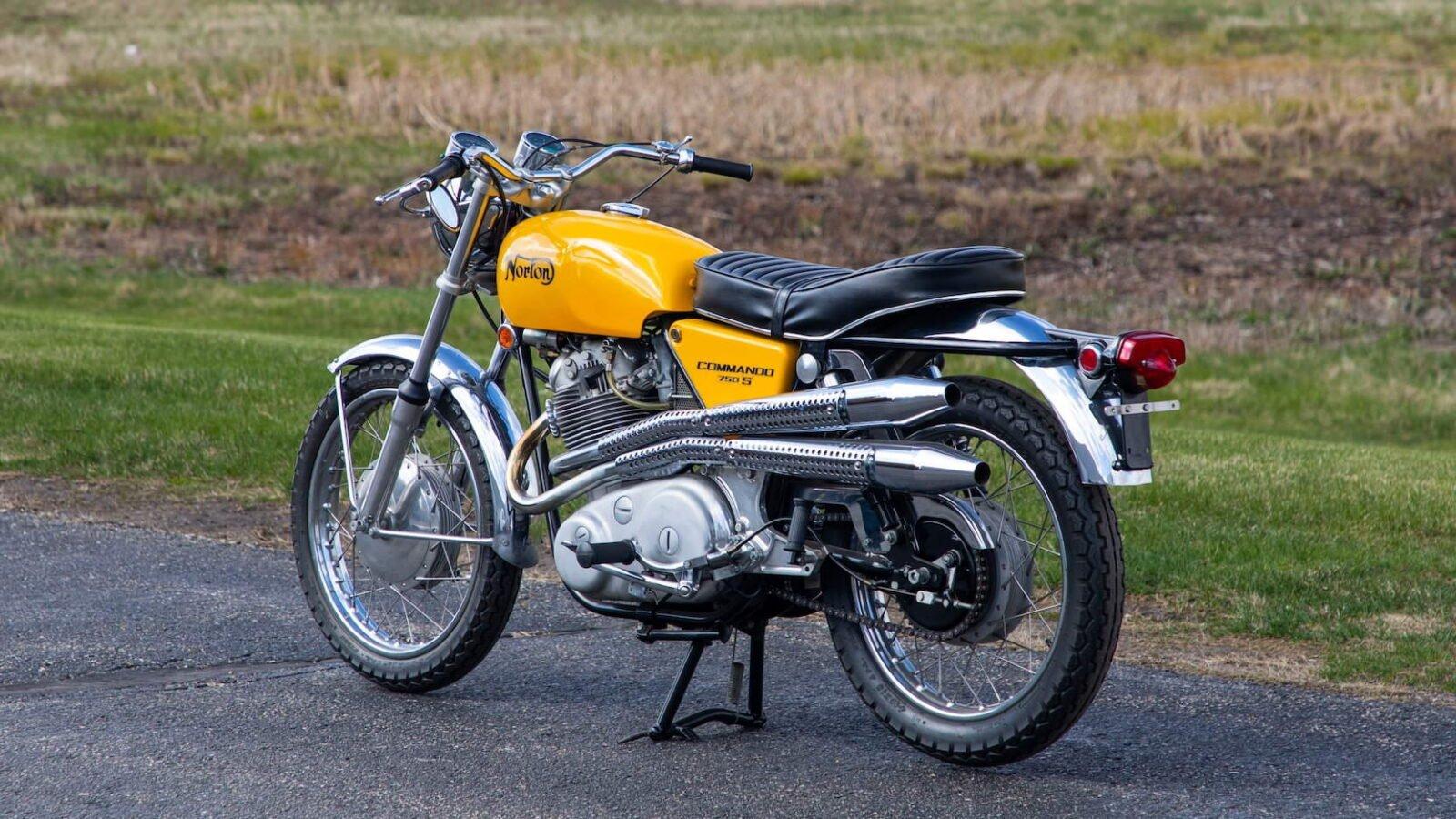 Norton Commando 750 S 9