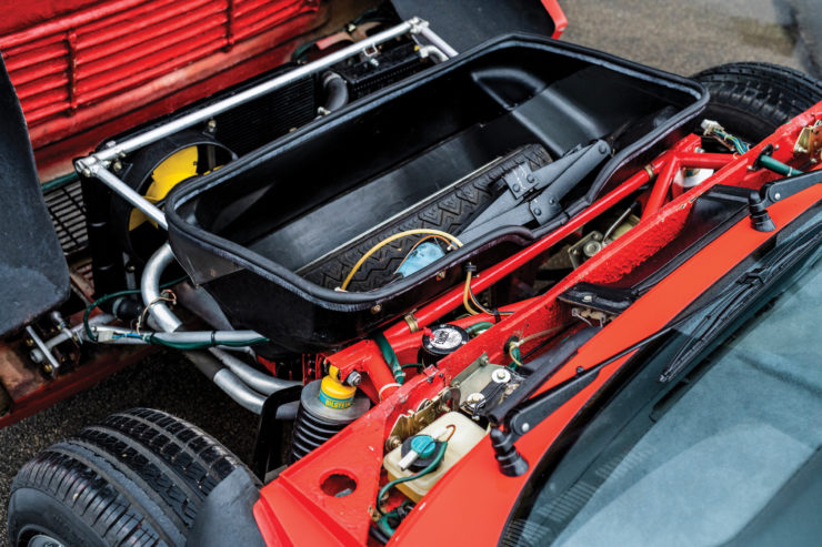 Lancia 037 Stradale Front Trunk