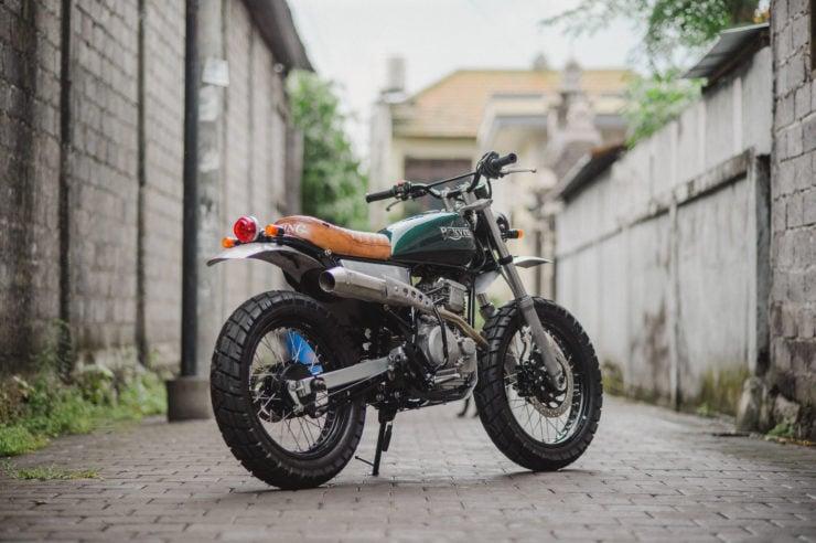 Custom Yamaha Scorpio 225 1