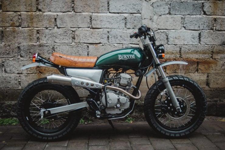 Custom Yamaha Scorpio 225 16