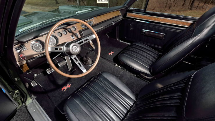 Dodge Hemi Coronet RT Hemi 426 Interior 2