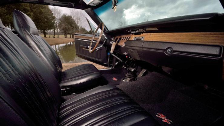 Dodge Hemi Coronet RT Hemi 426 Interior 3