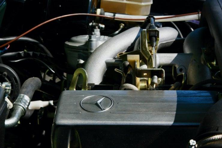 Mercedes-Benz G-Wagen Engine 1