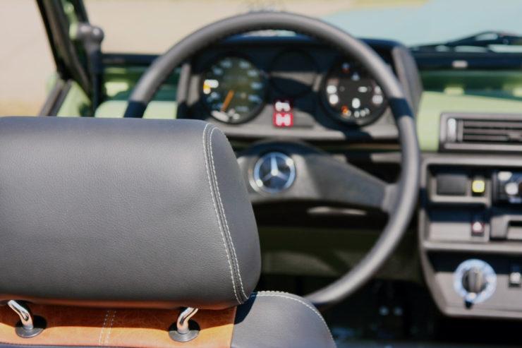 Mercedes-Benz G-Wagen Steering Whee 1