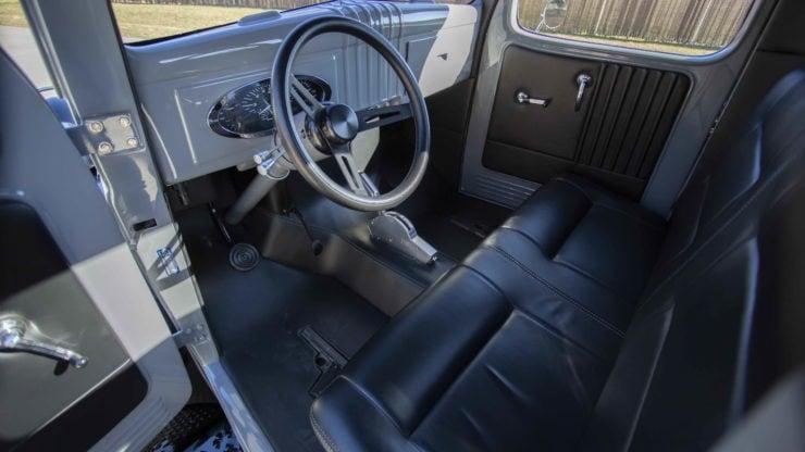 Military Dodge Power Wagon 10