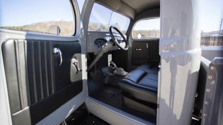 Military Dodge Power Wagon 12