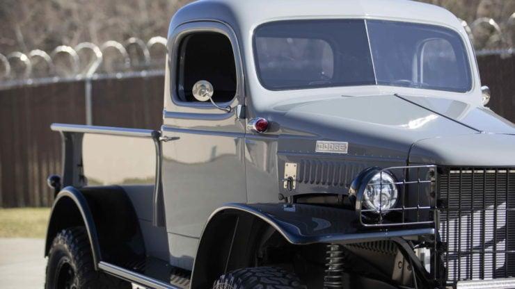 Military Dodge Power Wagon 4