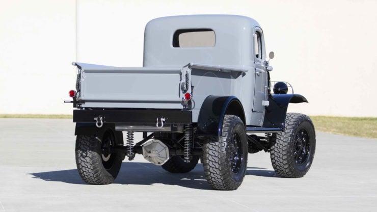 Military Dodge Power Wagon 5