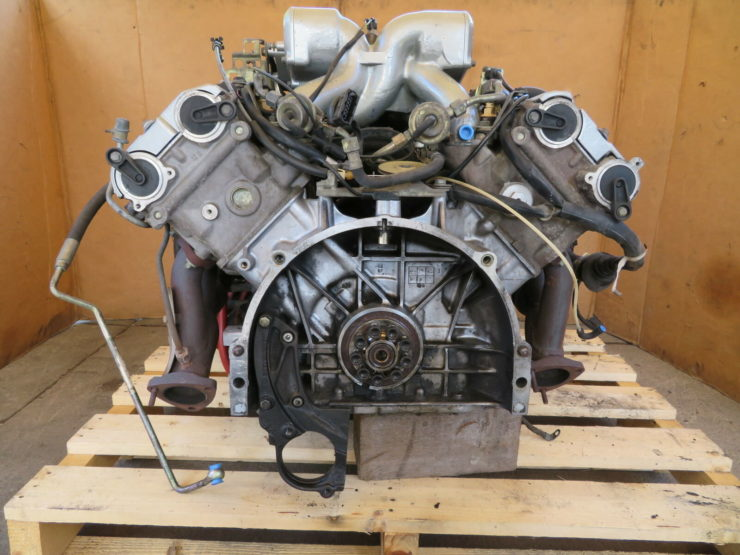 Porsche 928 V8 Engine 2