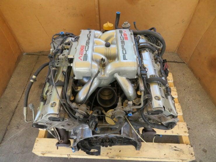 Porsche 928 V8 Engine 3