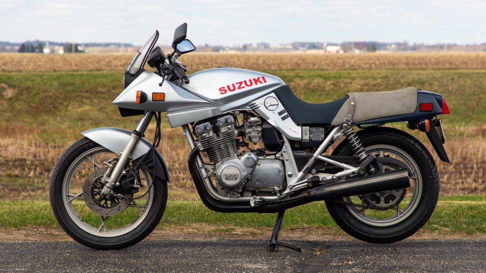 Suzuki Katana 1